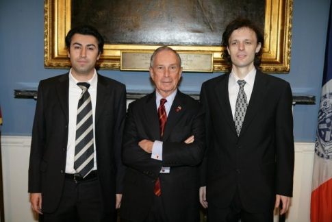 We have been awarded by City of New York. From left to right: Babak Mahdian (CEO of ImageMetry), Michael Bloomberg (Mayor of New York City and US presidential Candidate 2004), Radim Nedbal (CTO of ImageMetry)